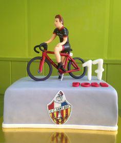 Pastel Ciclista de fondant Bike Cakes, Birthday Parties, Birthday Cake, Fondant Tutorial, Fondant Figures, Amazing Cakes, Biscuits, Cake Decorating, Birthdays