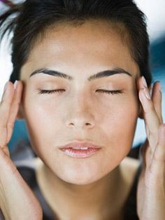 Some headache treatments are available in your own home. Learn about home remedies for migraine pain, from lavender oil to flaxseed to do-it-yourself massage.