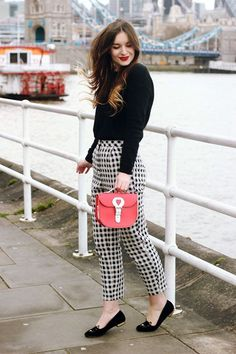 40 Thriving Black and White Outfits Combinations in 2015