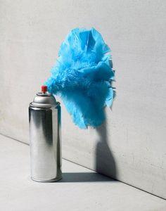 Crazy Cool Conceptual Art - Horacio Salinas total) - My Modern Metropolis Cindy Sherman, Still Life Photos, Still Life Art, Peter Lindbergh, Spray Paint Cans, Color Turquesa, Water Spray, Comme Des Garcons, Weird And Wonderful
