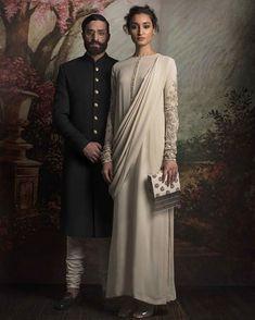 Sabyasachi Lehenga Women's Style Ideas Pakistani Casual Wear, Pakistani Dresses, Indian Dresses, Indian Outfits, India Fashion, Ethnic Fashion, Asian Fashion, Indian Attire, Indian Ethnic Wear