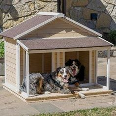 Antique Large Dog House      Great deal .Check it out >>>>>   http://amzn.to/1T0T0hC
