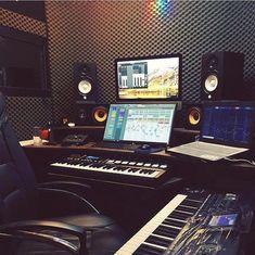 41 Ideas Home Studio Music Inspiration For 2019 Home Recording Studio Setup, Home Studio Setup, Music Studio Room, Studio Gear, Dream Studio, Setup Desk, Office Setup, Studio Musica, Home Studio Musik