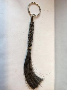 Horse Hair Bracelet, Horse Hair Jewelry, Stage Equitation, Horseshoes, Art Projects, Hair Makeup, Creations, Diy, Bracelets