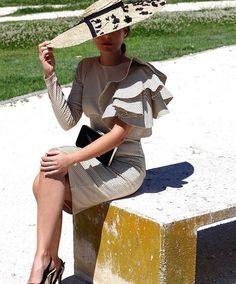 Mi descubrimiento de la semana: las invitadas de @choatelier!  Nueva firma a tener en cuenta para ser la Invitada Perfecta  . . . #invitada #invitadas #invitadaboda #invitadasboda #invitadaconestilo #invitadasconestilo #lookinvitada #lookboda #boda #bodas #wedding #weddingguest #guest #style #fashion #moda #invitadaperfecta #invitadasperfectas #blogger #tocado #tocados #pamela #pamelas #madrina #madrinas #lunares