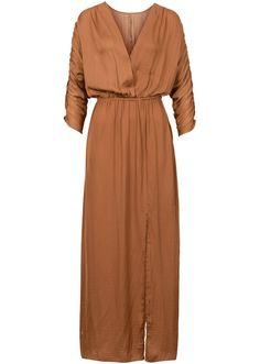 Voir:Robe extra longue tendance avec superbes manches froncées, décolleté en V…