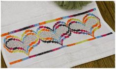 Bargello, Plastic Canvas, Needlepoint, Cross Stitch, Kids Rugs, Embroidery, Crafts, Kitchens, Craft Ideas