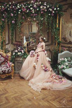 ideas fashion photography studio inspiration wedding dresses for 2019 Wedding Stage, Wedding Gowns, Dream Wedding, Bridal Photoshoot, Wedding Pinterest, Arte Floral, Fashion Photography, Photography Flowers, Wedding Photography