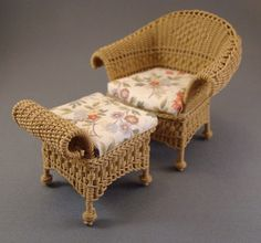 Miniature handcrafted wicker furniture by The Petticoat Porch Miniature Chair, Miniature Houses, Miniature Furniture, Furniture Board, Wicker Furniture, Doll Furniture, Dollhouse Furniture Sets, Diy Doll Miniatures, Barbie House