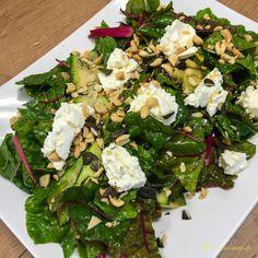Zucchini-Mangold-Salat mit Ricottanocken