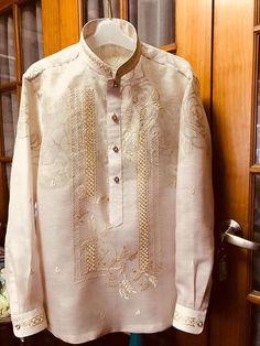 Modern Barong w/ print embroidered mandarin collar & cuffs Filipiniana Wedding Theme, Modern Filipiniana Dress, Wedding Gowns, Wedding Suits, Barong Tagalog Wedding, Barong Wedding, Lesbian Wedding, Groom Attire, Groom And Groomsmen