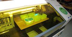 Petit zoom sur l'impression UV : ici un test sur une boîte à goûter Rosti-Mepal taille mini !