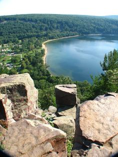 15 Amazing Places in Wisconsin That Are a Photo-Taking Paradise | 12. Devil's Lake State Park (Baraboo)
