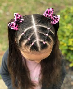 Dutch braid with elastic sections on the side into a messy bun Toddler Hairstyles Girl Braid BUN Dutch Elastic Messy sections Side Cute Toddler Hairstyles, Childrens Hairstyles, Easy Little Girl Hairstyles, Girls Hairdos, Baby Girl Hairstyles, Hairstyles For School, Braided Hairstyles, Toddler Hair Dos, Girl Haircuts