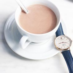 Parisian hot chocolate with my new parisian watch  Discover follow and support the young parisian brand @charliewatch  -------------------------------------------------- Chocolat chaud parisien avec ma nouvelle montre ! Je vous invite vraiment à découvrir @charliewatch une jeune marque parisienne que j'adore ! Soutenez les  #alleedesrosesjewellery #style #jewellery #adventure #excitement #france_vacations #globetrotting #greatestphotoever #huffpostgram #journey #lovefrance #lonelyplanet…