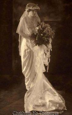 Beautiful 1913 bride