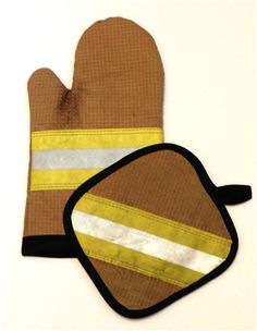 Our Exclusive Decommissioned Bunker Gear Decommissioned Firefighter Bunker Oven and Pot Holder Mitts! This two pack includes a over mitt and pot Firefighter Home Decor, Firefighter Family, Firefighters Wife, Firefighter Memes, Firefighter Tools, Fire Hose Crafts, Fire Department, Fire Dept, Bunker