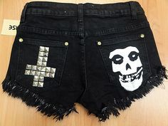 Reverse Women's Cheeky Gothic Skull & Stud Cross Shorts - Black**BNWT**40% OFF