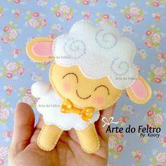 """477 curtidas, 23 comentários - ❤️ Arte Do Feltro ❤️ (@artedofeltro) no Instagram: """"Ovelhinha do Mateus ❤️ #artesanatos #artesanatos #artedofeltro #feltro #fieltro #felt #handmade…"""""""