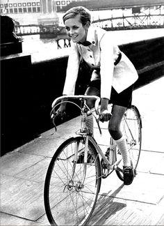 Twiggy rides a bike