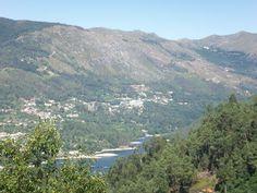 Alojamento no Gerês com vistas de rio e montanha Rio, Mountains, Water, Travel, Outdoor, Mountain, Renting, Houses, Apartments