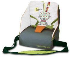 Una práctica silla de viaje para bebés que viene presentada en un prático bolso para cuando tenemos que salir de viaje con nuestro bebé.