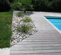 wood or stone swimming pool terrace - bois or pierre piscina terrasse. Backyard Pool Designs, Swimming Pools Backyard, Tropical Landscaping, Backyard Landscaping, Landscaping Ideas, Moderne Pools, Patio Flooring, Flooring Ideas, Wood Flooring