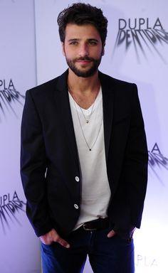 Bruno Gagliasso http://www.taofeminino.com.br/entretenimento/album1098469/100-homens-mais-bonitos-do-mundo-em-2014-0.html
