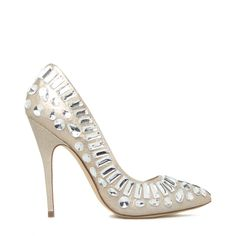 Cinderellas slippers anyone? #DIY #Costume #ShoeDazzle