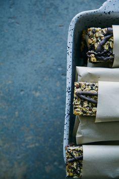 {vegan + GF} banana bread granola bars! // the first mess