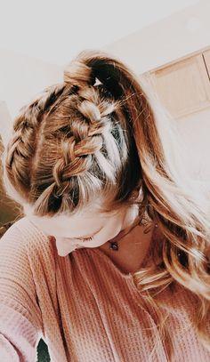 56 Dope Box Braids Hairstyles to Try - Hairstyles Trends Game Day Hair, Athletic Hairstyles, Medium Hair Styles, Long Hair Styles, Ombré Hair, Aesthetic Hair, Brown Blonde Hair, School Looks, Cute Hairstyles