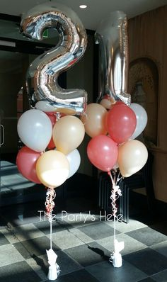 Balloon Bouquets with Megaloon Toppers for a Birthday. Colours are white, blush and coral. Balloon Bouquets with Megaloon Toppers for a Birthday. Colours are white, blush and coral. 21st Decorations, Birthday Balloon Decorations, Balloon Birthday, 21 Party, 21st Birthday Cakes, 22nd Birthday, 21st Birthday Bouquet, Birthday Favors, 21st Bday Ideas