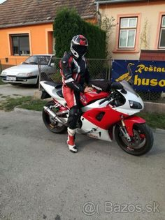 Yamaha 1000 yzf R1 - 1