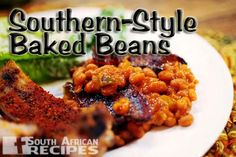 The Best Baked Beans Ever via Pioneer Woman. I love baked beans with a deep and abiding love, despite thinking I hated them for year.) I need to try these out in the not terribly distant future. Best Baked Beans, Baked Bean Recipes, Vegetable Side Dishes, Vegetable Recipes, Pork N Beans, Bbq Beans, Slow Cooker, Comfort Food, Side Dish Recipes
