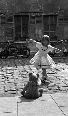 For Paris Match (1961)   Philippe le Tellier - Photography