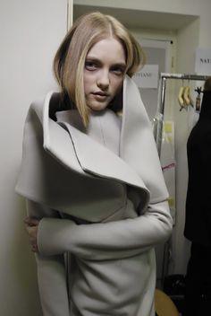 Vlada at Jil Sander backstage F/W 2008   fashion junky