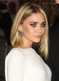 ashley olsen- love the eye make-up and hair