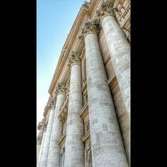 St. Peter's Basilica - Pietarinkirkko. Dec 2nd 2015. #rome #rooma #italia #italy #stpetersbasilica #basilica #kirkko #church #vatican #vatikaani #samsunggalaxys4active by sampsakettunen