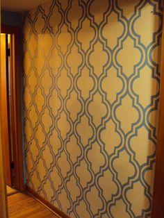 DIY Quatrefoil Wall Stenciling (Aka: Painted Wallpaper)