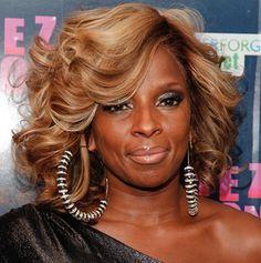 Mary J Blige--bouncy hair!! YES!!