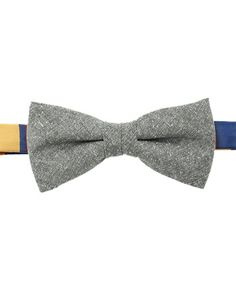 IL BISONTE(イル ビゾンテ)のIL BISONTE / Bow Tie(蝶ネクタイ)|グリーン  #Repin by https://www.kensington-bespoke.uk - Bringing the #chic and #style of #Kensington High Street direct to your home.