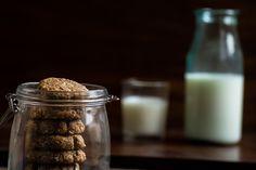 Oatmeal peanut butter cookies.  http://www.vespresso.cooking/en/2015/12/oatmeal-peanut-butter-cookies/