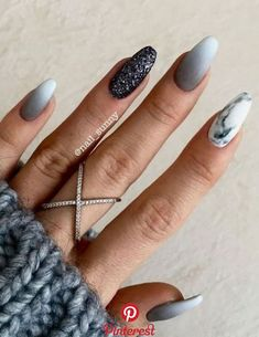 Natural Nail Care Salon Columbia Mo under Everyday Nail Care Routine although Na… Natürliche Nagelpflege Salon Columbia Mo unter täglichen. Gray Nails, Burgundy Nails, Pink Nails, Burgundy Color, Nude Color, Black Nails, Gray Nail Art, Trendy Nails, Cute Nails