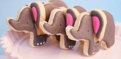Elephant cookies are cute on their own but make them 3D and watch kids freak out. And the best part is there are much easier to make than it seems. Low effort, maximum effect. Sounds like my kind of cookie.