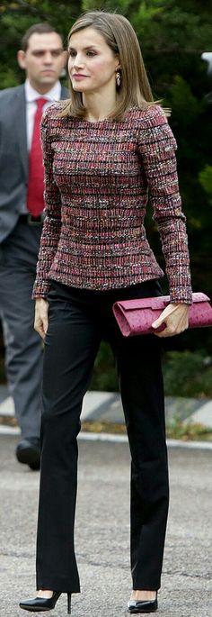 Letizia - Tweed top - Mbubag ostrich handbag- #pink tones