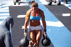 Two heats remain.   Watch the men's and women's final next: http://games.crossfit.com/article/how-watch-games-2015 …