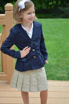 my french school uniform A school uniform is a uniform worn by students primarily for a school or otherwise educational institution they are common in primary and secondary schools in various countries although often used interchangeably, there is an important distinction between dress codes and school uniforms:.