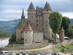 Medieval, Manor Homes, Chateaus, Beautiful Castles, Fortification, Rhone, Historical Architecture, Abandoned Mansions, Towers