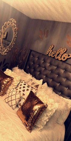 Add the finishing touches with our selection of teen room decor. Shop Pottery Barn Teen's room accessories and decor in bold designs, bright colors, and innovative materials Dream Rooms, Dream Bedroom, Home Bedroom, Girls Bedroom, Bedroom Decor, Bedroom Ideas, Wall Decor, Bedroom Designs, Bedroom Furniture