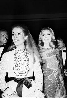 Catherine Deneuve and sister Françoise Dorléac at Les Demoiselles de Rochefort premiere, 1967